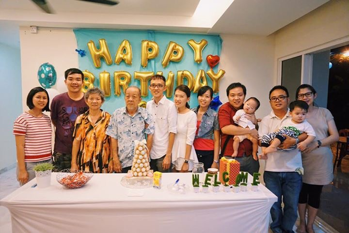 Just Like How A Cake Is Incomplete Without Candle And Gift Wrapping Paper Leonardo Yee Birthday Party Would Have Been Boring